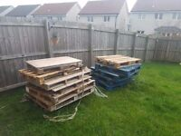 Pallets ****Free Must uplift****