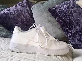 Vintage white Nike Air Force 1 trainers (NEW)