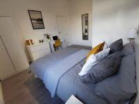 1 Room in 1 Bedroom Semi-Detached at Furzeham Road, West Drayton, UB7