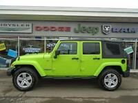 2012 Jeep Wrangler Unlimited Sahara 4x4, 2 tops, Gold Warranty P