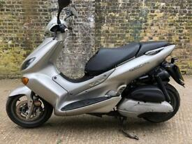 FULLY WORKING Yamaha MBK Thunder 125cc scooter 125 cc moped learner legal. One year MOT