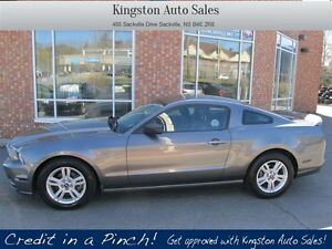 2014 Ford Mustang V6 Premium w/ LEATHER