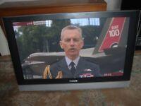 42 INCH PANASONIC VIERA TV WALL MOUNTED