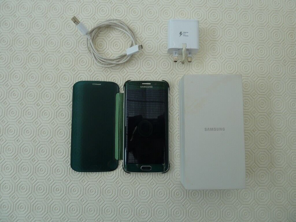big sale e8486 2e2ee Samsung Galaxy S6 Edge in Emerald Green with matching Samsung clear view  case | in East Peckham, Kent | Gumtree