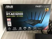 Asus RT-AC3200 - Dual Band 2.4GHz / 5GHz -WiFi Router - 6 Antennas