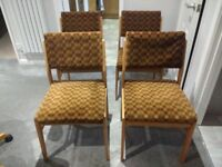 Set of 4 dining chairs - FREE
