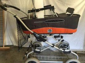 Pram/carry cot/push chair