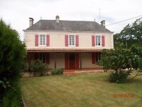 Large 4 Bedroomed Detached House set in 4000 sq m of fenced private land with outbuildings SW France