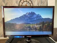 "SAMSUNG 22"" Computer Monitor LED Series 3 in excellent condition"