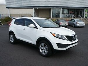 2011 Kia Sportage SX - AWD , Leather, Navi, Dual Sunroof