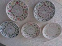 Vintage set 5 Wedgewood calendar platrs