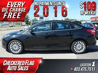 2012 Ford Focus Titanium W/ Heated Seats-Dual Climate-LOW KMS