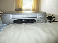 BUSH VIDEO RECORDER VHS MODEL 905S1L WITH REMOTE CONTROL AND INSTRUCTIONS