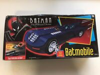Kenner Batman the Animated Series Batmobile with Launching Pursuit Jet 1992