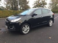 Hyundai ix35 4 wheel drive diesel jeep TOP SPEC PREMIUM MODEL