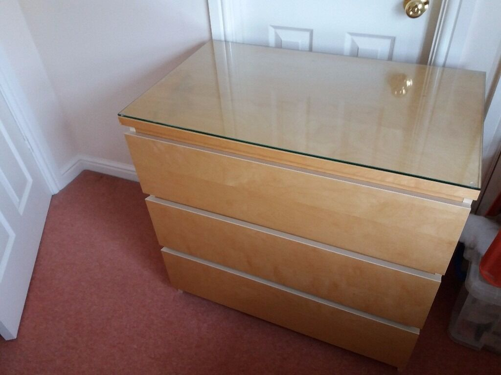 Gumtree Bedroom Furniture Chest Of Drawers With Glass Protective Top Ikea Malm Bedroom