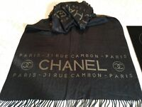Chanel wool/cashmere scarf