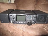 Icom IC-746 transceiver + PS-125 Power supply + Icom SP-21 speaker