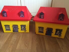 2 house toy boxes