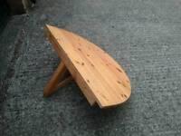 Wall mount folding table