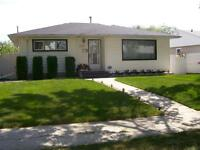 BEAUTIFUL QUIET FULLY FURNISHED HOME UTILITIES INCLUDED!!!