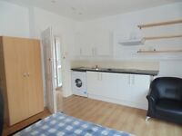 ** A WELL PRESENTED SELF-CONTAINED STUDIO FLAT AVAILABLE NOW, £950.00 PM ALL BILLS INCLUSIVE **