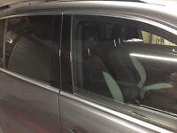 VW Tiguan custom window blinds shades better than tint