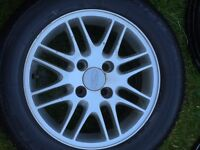 "four Ford Focus 15"" alloys wheels"