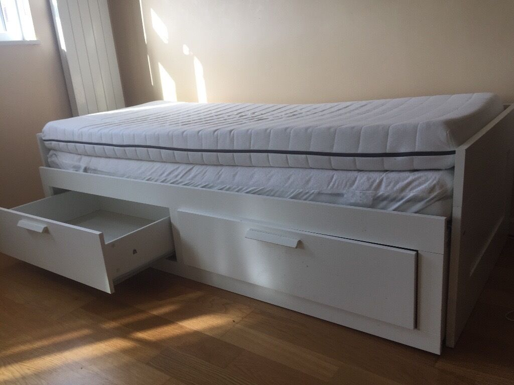 Ikea Daybed With 2 Drawers Turns Into Double Bed