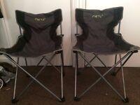 Two folding camping chairs (Meru)