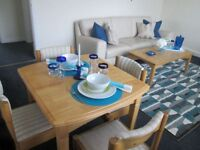 Short Term / A very spacious 2 bedroom modern apartment, sleeps up to 4 people