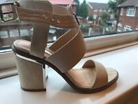 Ladies size 4 Miss selfridge shoes