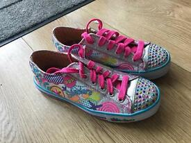 Girls twinkle toes light up sketchers trainers size 2