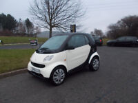 SMART FORTWO COUPE AUTOMATIC CREAM/BLACK 2005 69K MILES NEEDS ATTENTION BARGAIN ONLY £795 *LOOK*