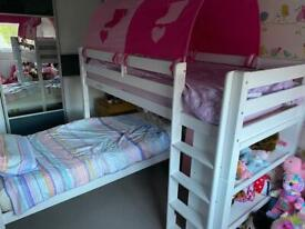 Bunk beds and single mattresses