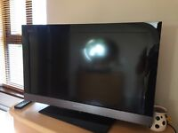 """Sony Bravia 32"""" TV with built in Freeview"""