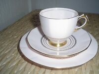 VINTAGE TEASET PLANT TUSCAN PINK & GOLD WEDDING CHINA FROM 1939