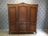 Wardrobe 3 door Oak Louis XV,French style,Delivery possible, see description