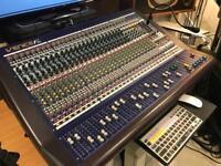 MIDAS F32 analog Mixer with Firewire I/O VENICE
