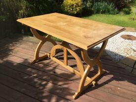 Dining Table, Solid Oak, Seats 4