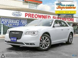 2016 Chrysler 300 Touring-->AWD, NAV, Sunroof<--