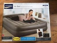 Air bed with built in pump new