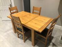 Oak extending table and chairs 1200 - 1600mm