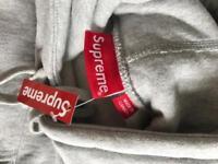 Authentic supreme fw17 box logo hoodie.