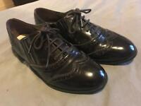 Smart dark brown DEBENHAMS Brogues ladies/girls shoes Size 7