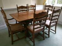 Stunning Old charm dining table and 6 chairs