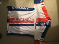 GIANT MANS Cycling jersey brand new with tags