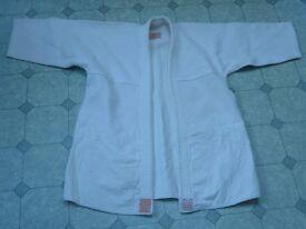Judo suit size 4 medium by J. Milom Manchester