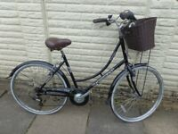 ladies ammaco hybrid bike with front basket, very good condition ready to ride FREE DELIVERY