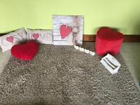 Biege Rug, heart pouffe , canvas